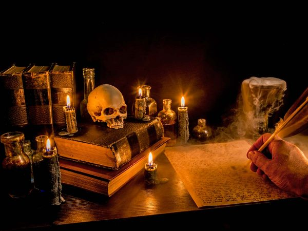 mth-home-escape-game-mysteries-of-alchemy